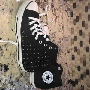 NWOT Women's bling out Converse